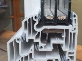 ventana PVC triple cristal aislamiento térmico